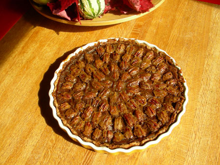 beautiful butter-pecan pumpkin tart